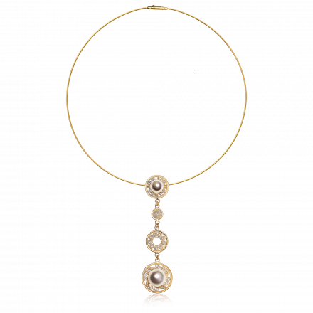 Yellow gold pendant & necklace