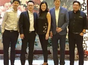 HK_team-300x267