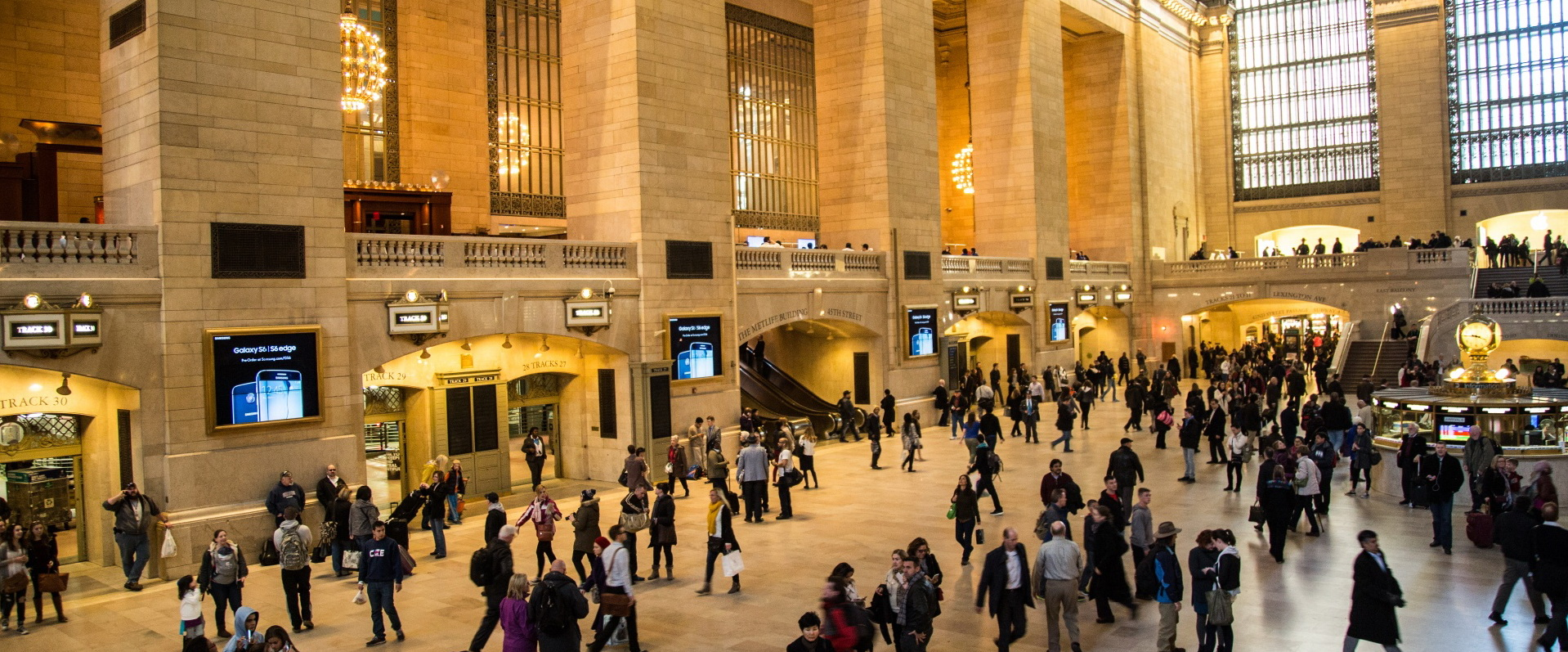 grand-central-station-in-new-york-14676504698CK