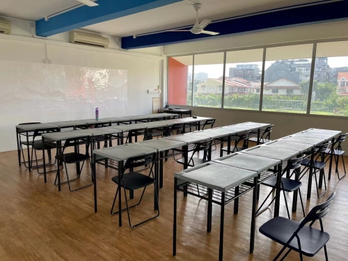 class room image 02