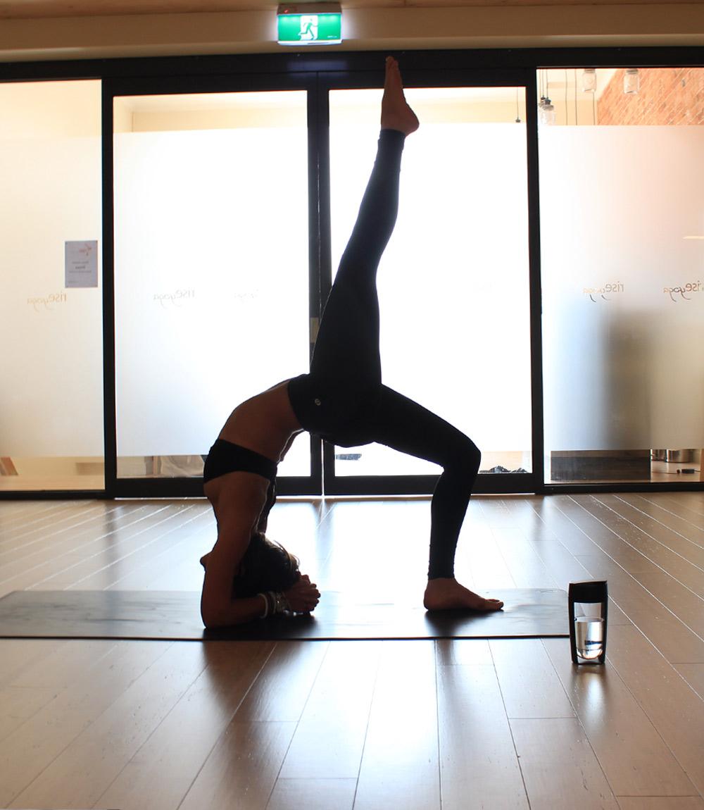 9MOUS健身杯瑜伽