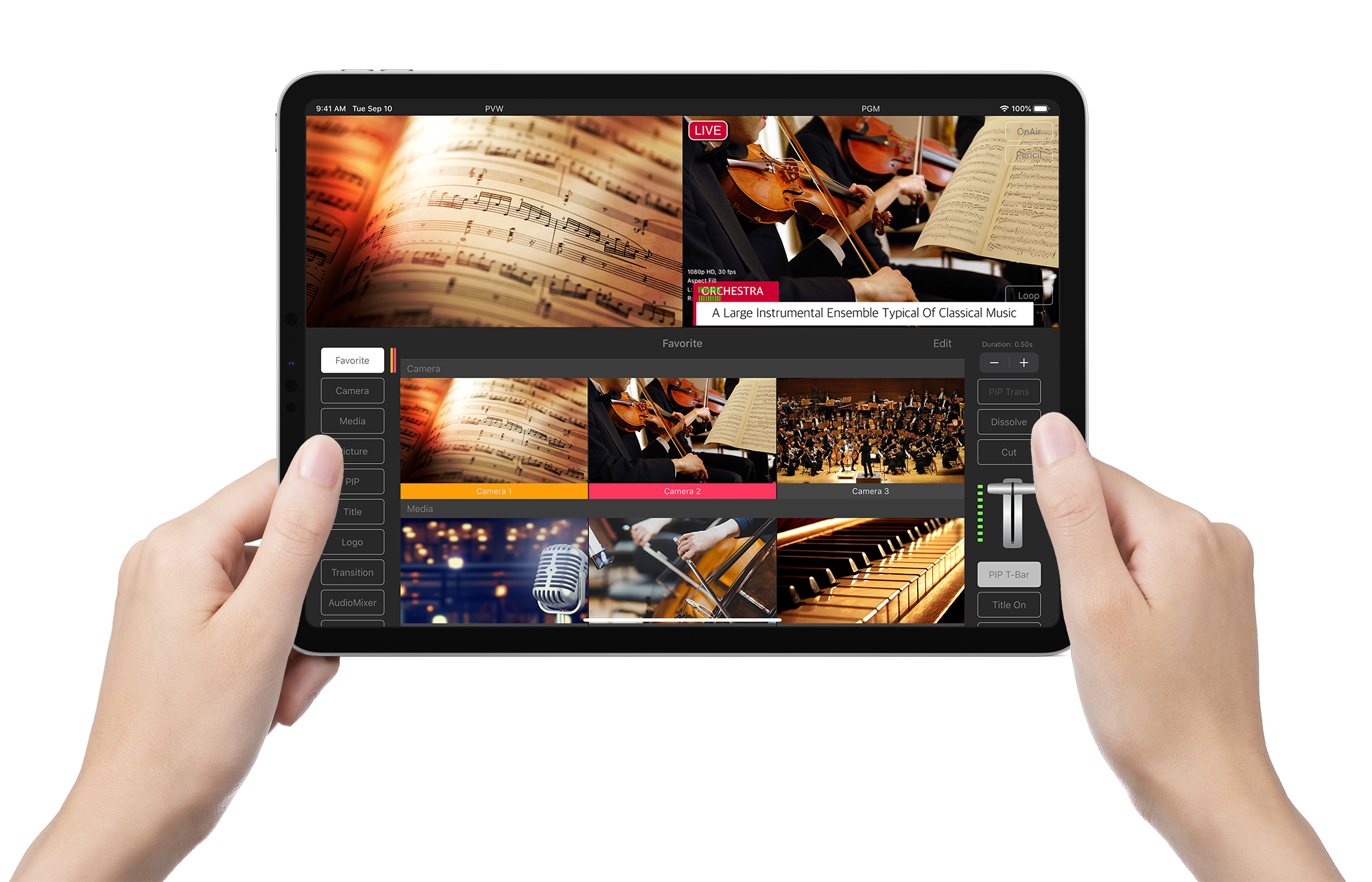 TopDirector_iPadHoldInHands