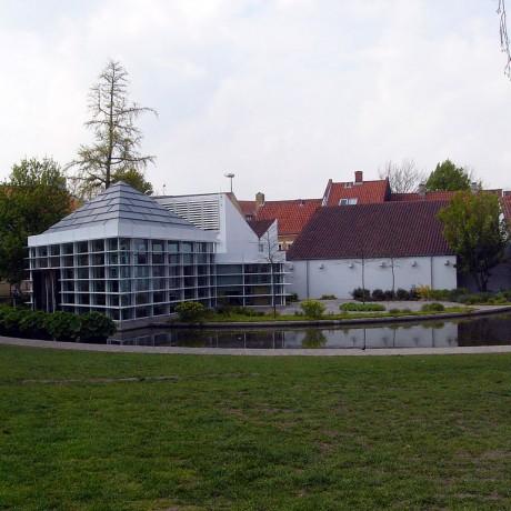 1024px-Andersen_Museum