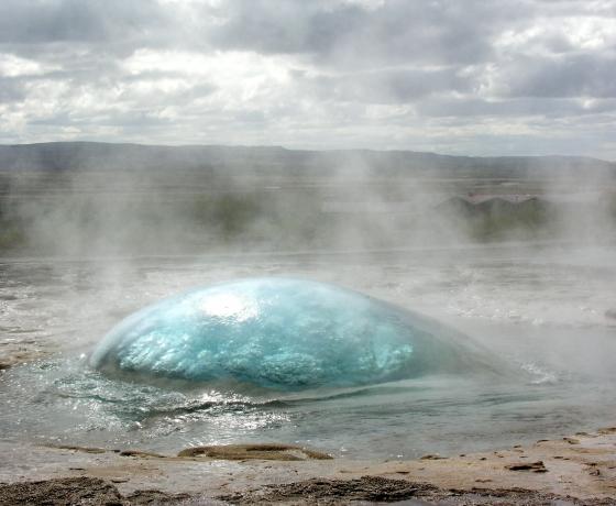 盖歇尔间歇泉Geysir (1)