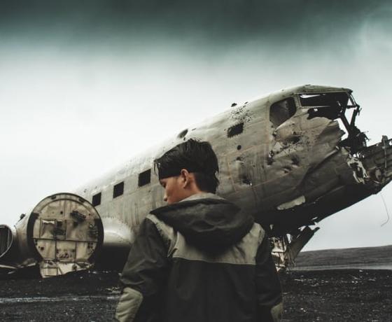 飞机残骸 (1)