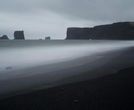 黑沙滩 Reynisfjara (2)