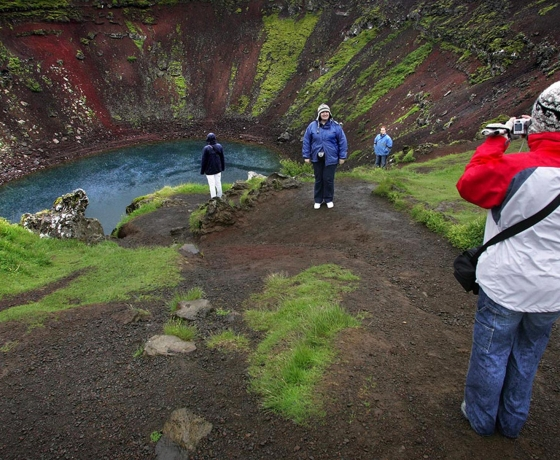 凯瑞斯Kerið火山口湖 (1)